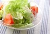 シンプルなサラダ