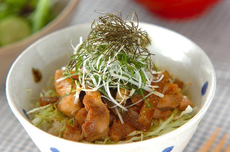 4.照り焼きチキン丼