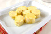 サツマイモのパイ包みの下準備1