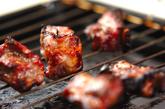 骨付き豚バラ肉のペッパー焼きの作り方1