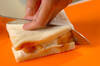 桃と水切りヨーグルトのサンドイッチの作り方の手順3