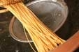 カリカリ揚げパスタの作り方1