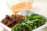 サンマの缶詰とニラの卵とじ丼の作り方1