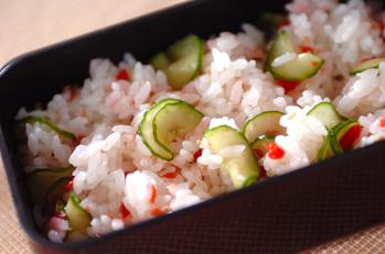 梅キュウリの混ぜ寿司