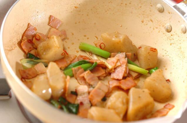 ちぎりコンニャクの炒め物の作り方の手順5