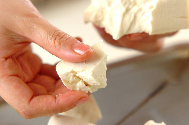 豚肉とシメジの甜麺醤炒めの作り方の手順3