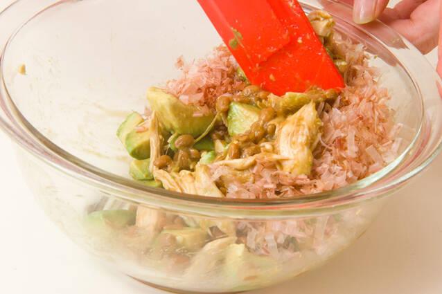 アボカド納豆サラダの作り方の手順4