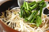 ニラモヤシ炒めの作り方2