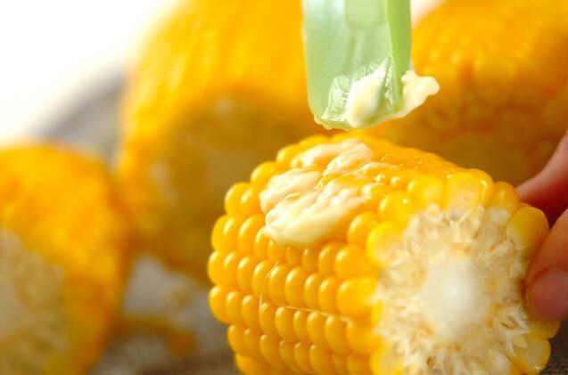塩ゆでトウモロコシの作り方の手順2