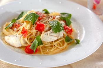 スズキとプチトマトのパスタ