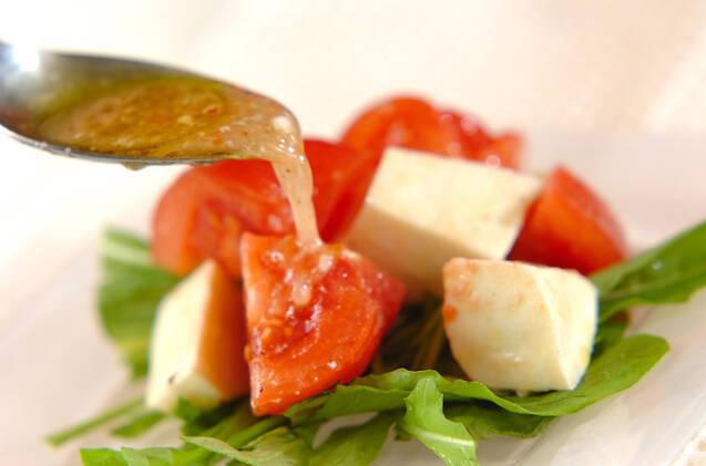トマトとモッツァレラのサラダの作り方の手順6