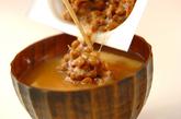 納豆みそ汁の作り方1
