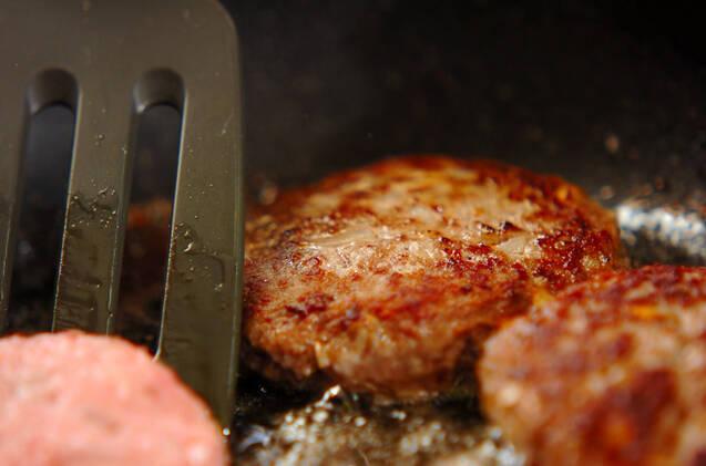 マイタケ入りハンバーグの作り方の手順4