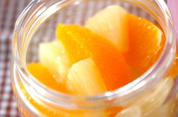 オレンジとパイナップル