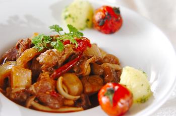 牛すじ肉のバルサミコ酢