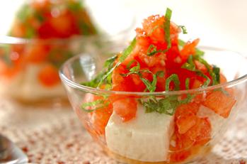 豆腐のトマトソースがけ