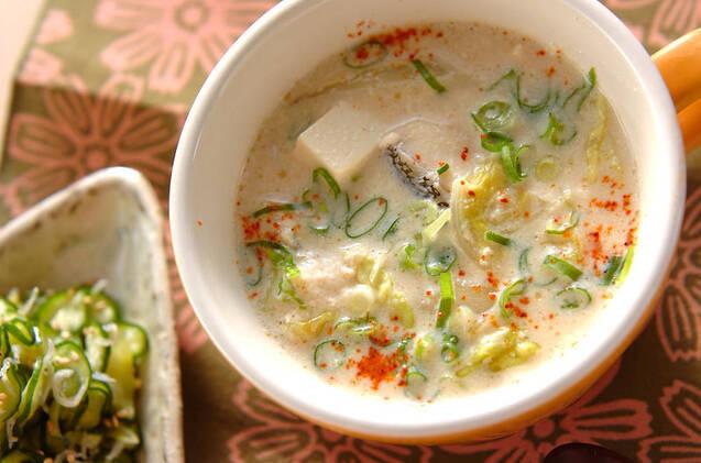 豆腐たっぷり豆乳スープ