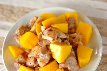 鶏マンゴー炒め
