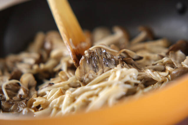 キノコのカレー炒めの作り方の手順4