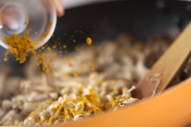 キノコのカレー炒めの作り方の手順5