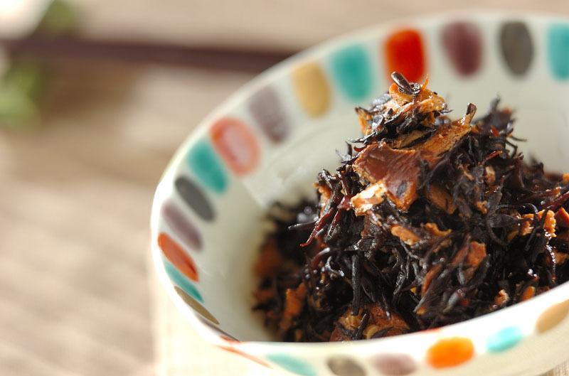 2. ひじきのサバ缶煮