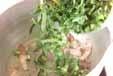 小松菜とベーコンのスープの作り方1