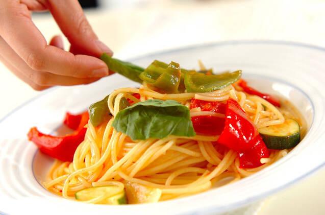 夏野菜パスタの作り方の手順4