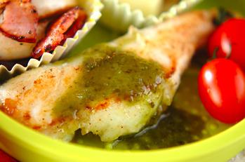 白身魚のバジルソース焼き