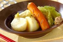 春野菜とソーセージのシンプル煮込み