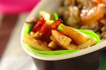 ジャガイモとベーコンの炒め物