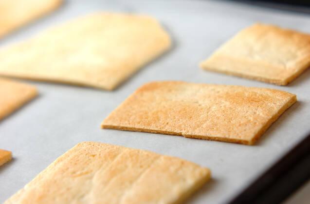 カンタンお菓子の家・ヘクセンハウスの作り方の手順1