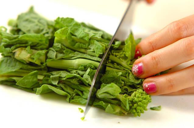 ハマグリと菜の花の和風クリームパスタの作り方の手順1