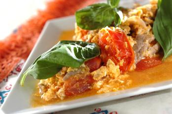 豚肉とトマトのナンプラー炒め