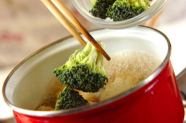 ブロッコリーと豆腐のサッと煮の作り方の手順3
