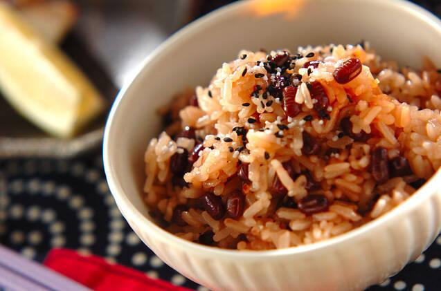 蒸し器不要!レンジでできる赤飯の炊き方&簡単レシピ5選の画像