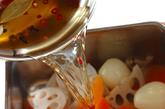 シャキシャキレンコンのピクルスの作り方2
