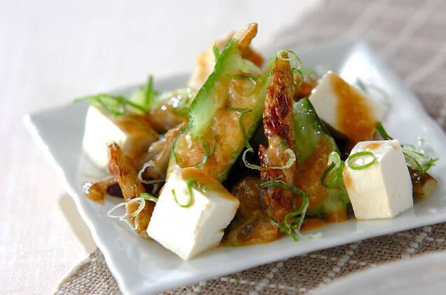 キュウリ、ごぼう、豆腐のバンバンジー風和え物