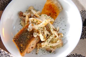 鮭のソテーサワーソース