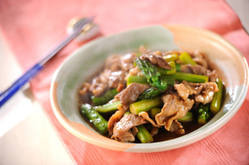 豚とアスパラの中華炒め