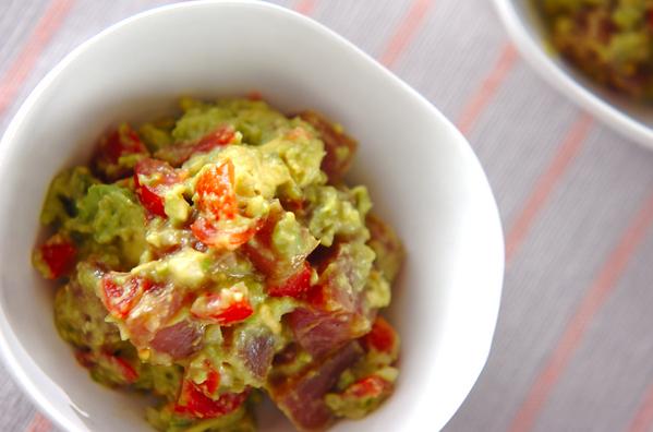 自宅で本格メキシカン♩「ワカモレ」の作り方と活用レシピ