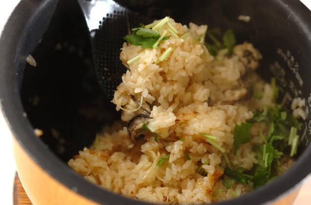 カキの炊き込みご飯の作り方の手順7