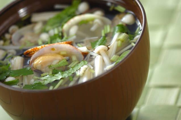 アサリを使った人気汁物レシピ。あふれるうま味にほっこり