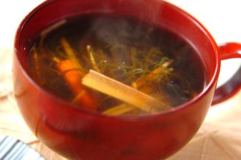 サッパリもずく黒酢スープ