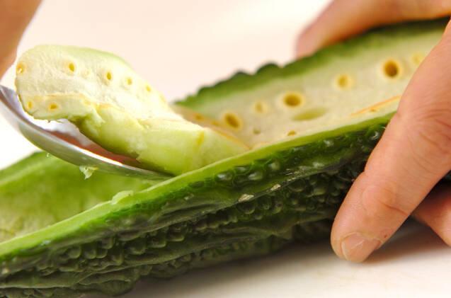 ゴーヤのグリーンスムージーの作り方の手順1