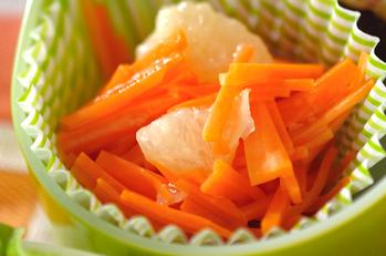 ニンジンとグレープフルーツのサラダ