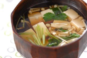 豆腐とミツバのお吸い物