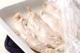 鶏ささ身の和風サラダの下準備1