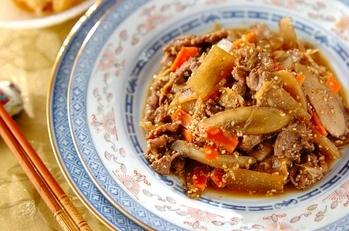 牛肉と大根のゴマ炒め煮