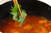 納豆とキムチのピリ辛汁の作り方2