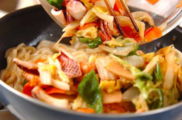 海鮮焼きうどんの作り方の手順10